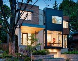 дуже гарний приватний будинок