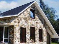 Природний і штучний камінь вигляд будинку після обробки